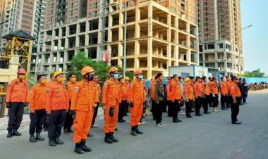 Peringati HKBN, BPBD Kabupaten Bekasi Latihan Vertical Rescue